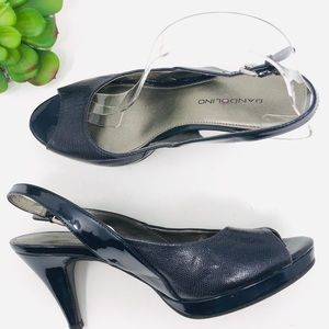 Bandilino navy peep toe leather pumps sandals 7